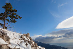Nuvens e montanhas Fotografia de Stock