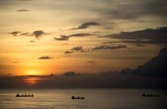 Nuvens e o por do sol Imagens de Stock Royalty Free