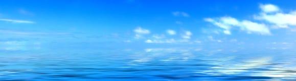 Nuvens e oceano Fotografia de Stock