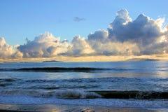 Nuvens e por do sol Foto de Stock Royalty Free