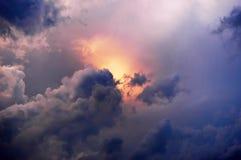 Nuvens e sol Imagens de Stock Royalty Free