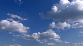 Nuvens e sol video estoque