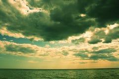 Nuvens escuras Imagem de Stock