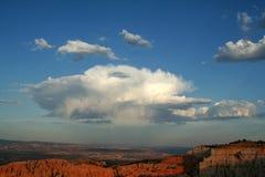 Nuvens inchado Fotos de Stock