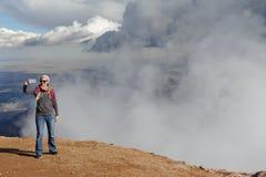Nuvens máximas dos piques Fotos de Stock