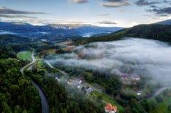 Nuvens místicos de Noruega fotografia de stock royalty free