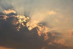 Nuvens macias pretas no céu Imagens de Stock Royalty Free