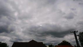 Nuvens moventes Overcast vídeos de arquivo