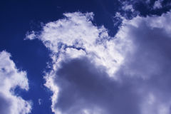 Nuvens no céu escuro Imagem de Stock Royalty Free