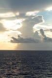 Nuvens no mar Imagens de Stock Royalty Free
