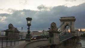 Nuvens no nascer do sol sobre a ponte de Secheni video estoque