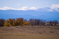 Nuvens que dão forma sobre o Colorado Montanhas Rochosas Fotografia de Stock Royalty Free