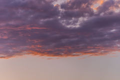 Nuvens roxas Foto de Stock