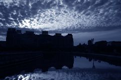 Nuvens sobre a Bucareste #2 foto de stock royalty free