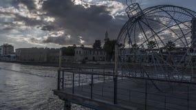 Nuvens sobre Larnaca Pier Cyprus fotos de stock