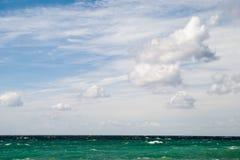 Nuvens sobre o mar Foto de Stock