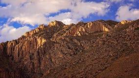 Nuvens sobre os picos em Guadalupe Mountains National Park - Tim Fotografia de Stock Royalty Free