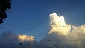 Nuvens surpreendentes Imagens de Stock Royalty Free