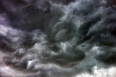 Nuvens tormentosos foto de stock
