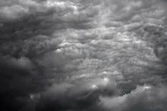 Nuvens tormentosos em HDR foto de stock royalty free