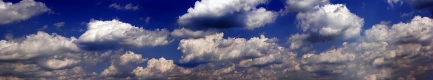 Nuvens tormentosos escuras Imagens de Stock Royalty Free