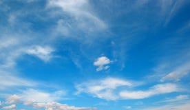 nuvola bianca sul cielo fotografia stock