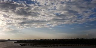 Nuvola che guarda fisso Immagine Stock