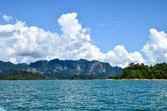Nuvola del cielo delle montagne del lago, paesaggio Fotografie Stock