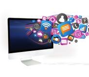 Nuvola del icone di tecnologia che esce un computer Fotografie Stock