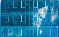 nuvola della costruzione della facciata fotografia stock