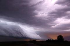 Nuvola dello scaffale del fulmine Fotografie Stock Libere da Diritti