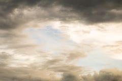 Nuvola e cielo Immagini Stock