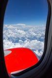 Nuvola e cielo guardati dall'aeroplano Fotografie Stock Libere da Diritti