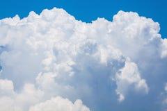 Nuvola gonfia luminosa Fotografie Stock