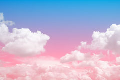 Nuvola molle con il cielo variopinto per il fondo del contesto immagine stock libera da diritti
