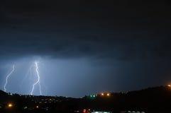 Nuvola per frantumare fulmine Fotografia Stock Libera da Diritti
