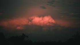 Nuvola rossa Fotografie Stock Libere da Diritti