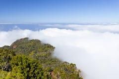 Nuvole all'allerta di Kalalau, Kauai Immagine Stock