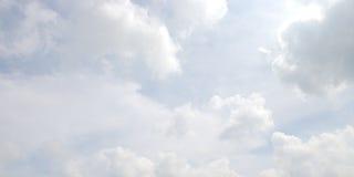Nuvole bianche fotografia stock libera da diritti