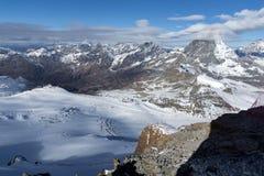 Nuvole che coprono supporto il Cervino, alpi svizzere, Svizzera Immagine Stock