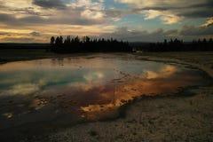 Nuvole che riflettono negli stagni Fotografia Stock