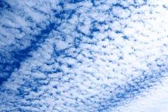 Nuvole in cielo Immagine Stock