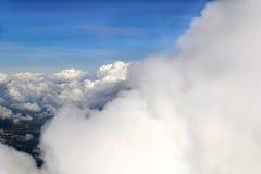 Nuvole, cielo blu Fotografie Stock Libere da Diritti