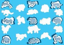 nuvole 3D sotto forma di animali Vector il colore blu e bianco della nuvola delle icone su un fondo blu Fotografie Stock Libere da Diritti