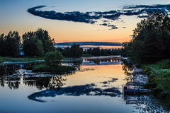 Nuvole della notte di estate Immagini Stock