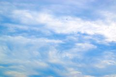 Nuvole di bianco e del cielo blu 171016 0081 Immagini Stock Libere da Diritti