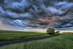 Nuvole di buio della Polonia Nysa Fotografia Stock