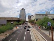 Nuvole di monsone sopra Washington Avenue, Phoenix, AZ immagini stock libere da diritti