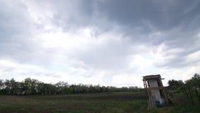 Nuvole di pioggia di HD rapide video d archivio