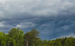 Nuvole di tempesta della riunione Fotografie Stock Libere da Diritti